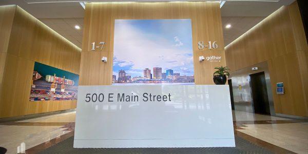custom front desk in Norfolk BB&T building 1st floor lobby