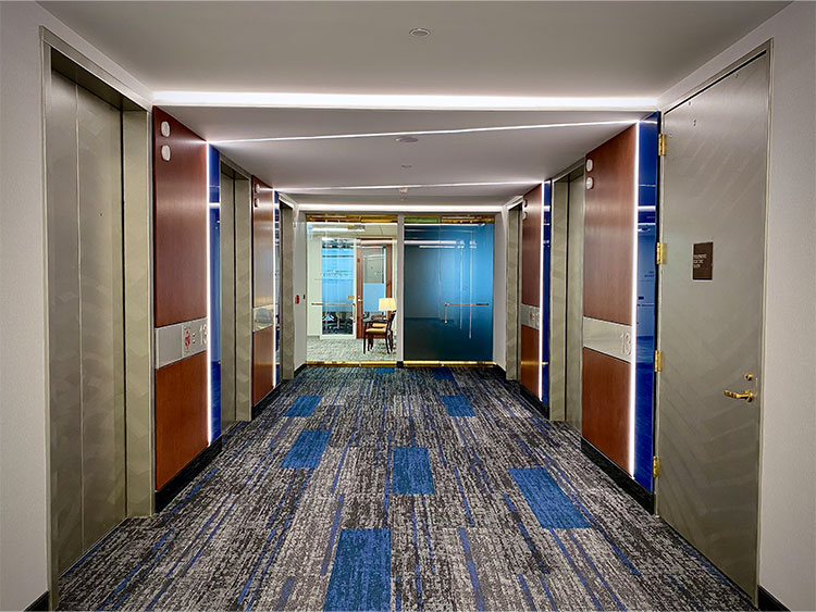 Interior Elevator lobby and carpet in Norfolk Dominion Tower 13th floor