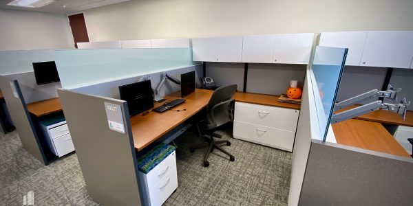 Office Cubicle on 9th Floor of Dominion Tower