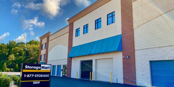 Multi-level brick storage facility with drive-up covered loading bays